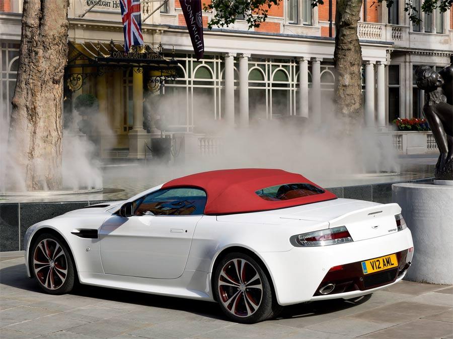 Aston Martin V12 Vantage Roadste…