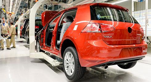 Volkswagen приостановил выпуск Golf из-за конфликта споставщиками