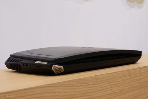 Acer показала 21-дюймовый ноутбук с механической клавиатурой и изогнутым дисплеем
