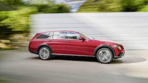 Универсал Mercedes E-Class стал вседорожным