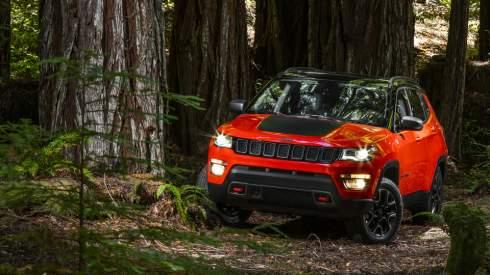 Jeep перестал скрывать новый Compass
