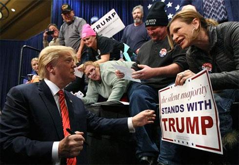Трамп выступил спервой речью вкачестве президента США