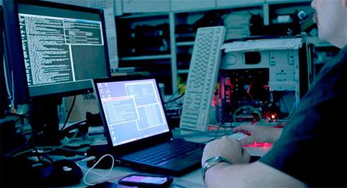 Reuters: «Русские хакеры снова атакуют США»