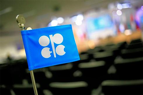 Страны ОПЕК попросили Иран нефорсировать нефтедобычу