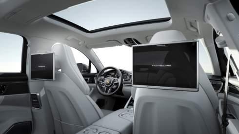 У Porsche Panamera появились базовая и удлиненная версии