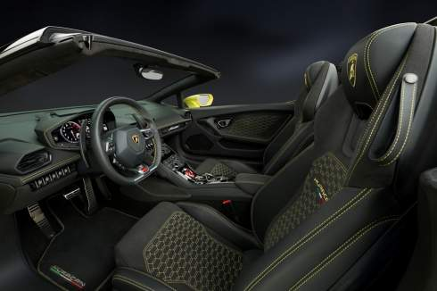 Родстер Lamborghini Huracan стал заднеприводным