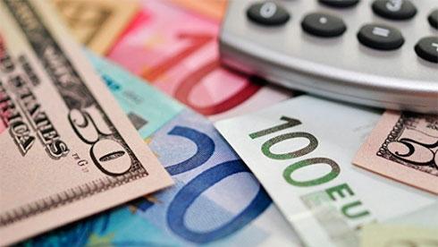 Рада отменила 2%-ный сбор спокупки наличной валюты