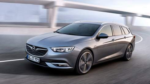 Новый универсал Opel Insignia стал легче, больше и просторнее