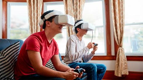 Очки DJI Goggles позволяют управлять камерой дрона движениями головы