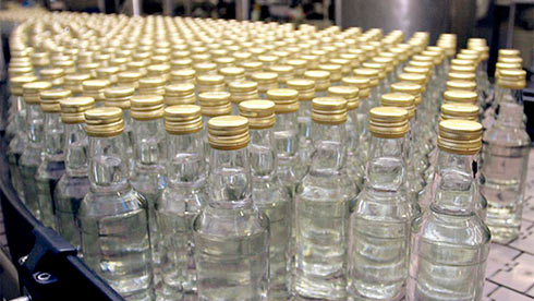 Кабмин одобрил введение электронной системы контроля заоборотом алкоголя итабака