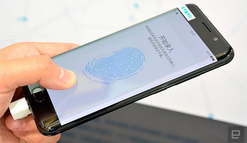 Qualcomm научилась сканировать отпечатки пальцев через стекло иметалл