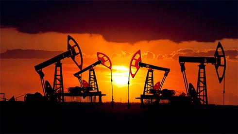 Мировые цены нанефть понижаются нафоне нарастающего геополитического напряжения