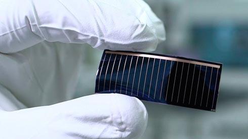 Ауди разместит солнечные батареи впанорамной крыше электромобиля