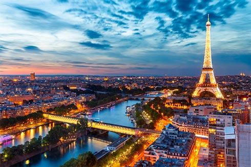 Встолице франции к 2030-ому году введут запрет наавтомобили нагорючем