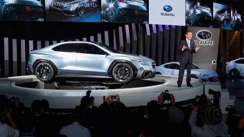 Subaru представил прототип карбонового спортседана