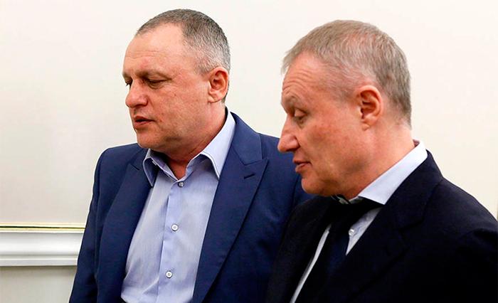 «Приватовский» млрд: НБУ несмог остановить решения суда впользу Суркисов