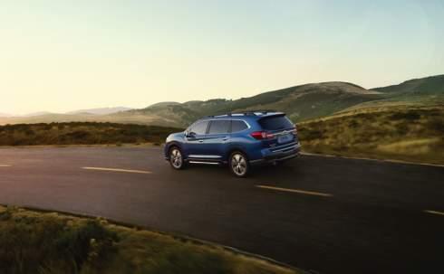 Subaru представила пятиметровый восьмиместный кроссовер