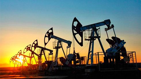 Нефть растет напризнаках массивного сокращения запасов вСША
