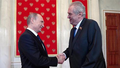 Премьер Чехии призвал Земана отмежеваться от Российской Федерации
