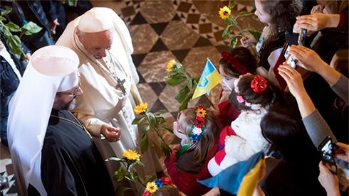 Папа Франциск: Сирия всегда вмоих молитвах