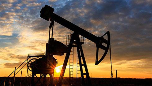 Нефть выросла вцене на фоне ослабления доллара