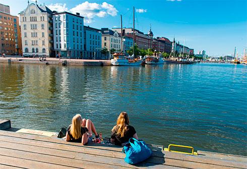 Финляндия решила свернуть эксперимент по выплате базового дохода