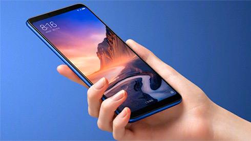 Размером спланшет: вКитае презентовали огромный Xiaomi MiMax 3