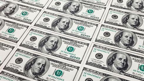 Доллар дешевеет назаявлениях Трампа, заявившего онедовольстве политикой ФРС