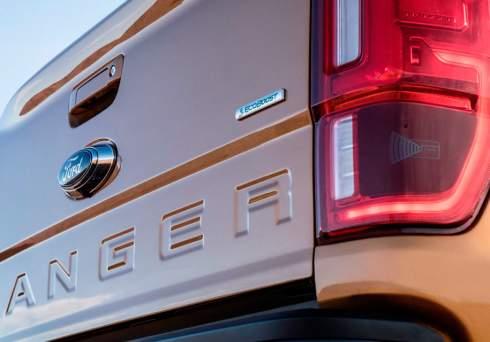 Ford придумал систему мониторинга слепых зон для прицепов