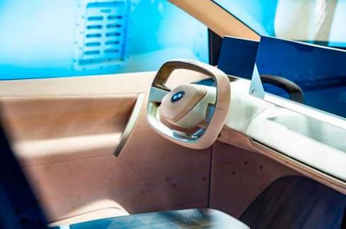 Раскрыта внешность электричеcкого кроссовера BMW iNEXT