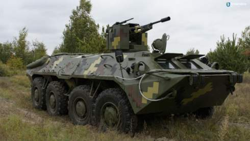 Укроборонпром презентовал БТР-70Д(GM) с американскими двигателями