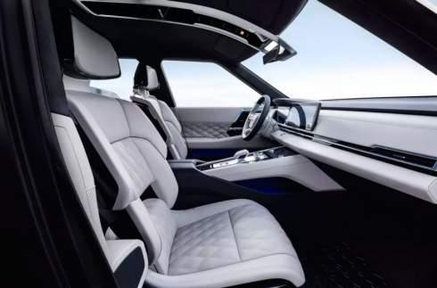 Компания Mitsubishi Motors привезла в Женеву концепт-кар Engelberg Tourer