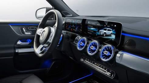 У Mercedes-Benz появился семиместный кроссовер для выездов на природу