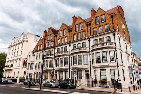 Инвесторы «перебегают» из облигаций в европейскую недвижимость — Bloomberg