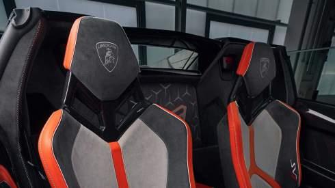 Lamborghini показала две новинки на американской выставке
