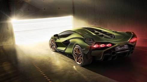 Первый гибрид Lamborghini: 819 сил и 2,8 секунды до «сотни»