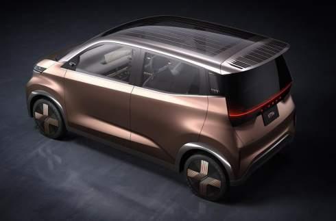 Nissan показал концепт с голографическими экранами и дополненной реальностью