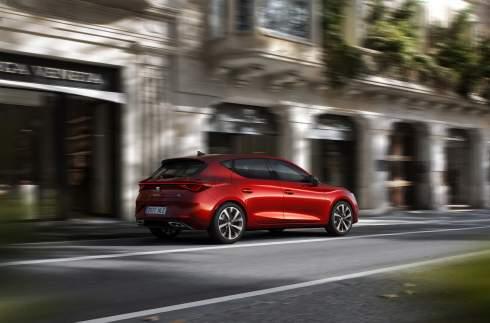 Seat Leon четвертого поколения: новый дизайн и гибридные силовые установки