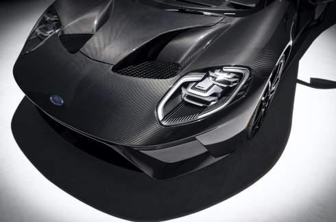 Ford обновил суперкар GT и сделал его мощнее