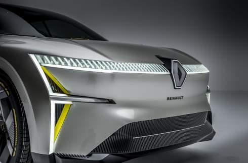 Renault сделала автомобиль с раздвижным кузовом
