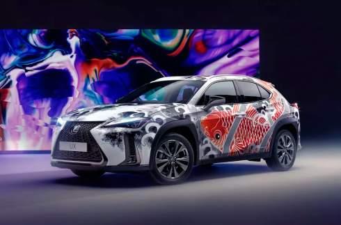 Lexus представил первый в мире «татуированный» автомобиль