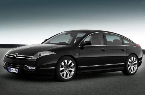 Citroen разрабатывает бизнес-седан для конкуренции с Audi и BMW