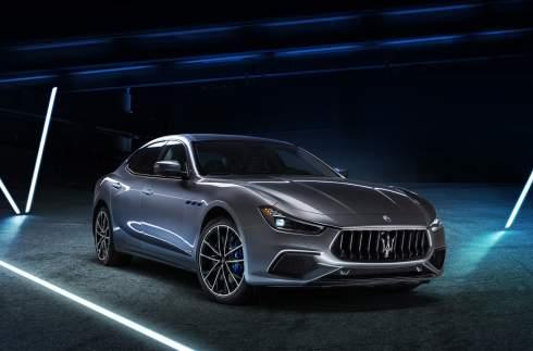 Maserati показала свой первый гибрид