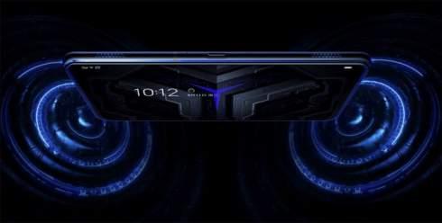 Селфи-камера сбоку и две батареи: представлен игрофон Lenovo Legion Phone Duel