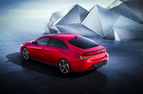 Hyundai представил «спортивную» Elantra N Line