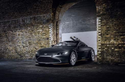 Aston Martin представил «бондовские» Vantage и DBS Superleggera