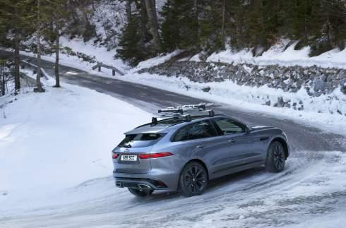 Кроссовер Jaguar F-Pace серьёзно обновлён
