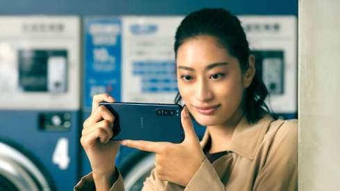 Представлен компактный камерофон Sony Xperia 5 II с IP68 и экраном 120 Гц