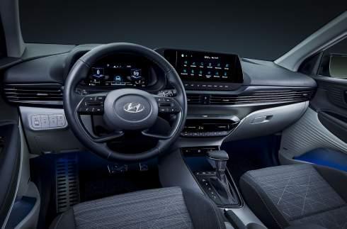 Турбомотор и 183-миллиметровый клиренс: представлен маленький кроссовер Hyundai Bayon