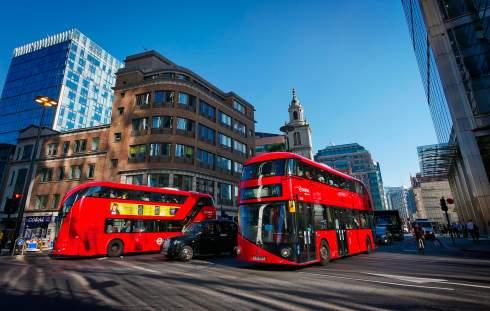 Англия потратит €3 млрд на электрические и водородные автобусы